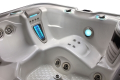 HSS-Highlife-2014-Envoy-AlpineWhite-Detail-07