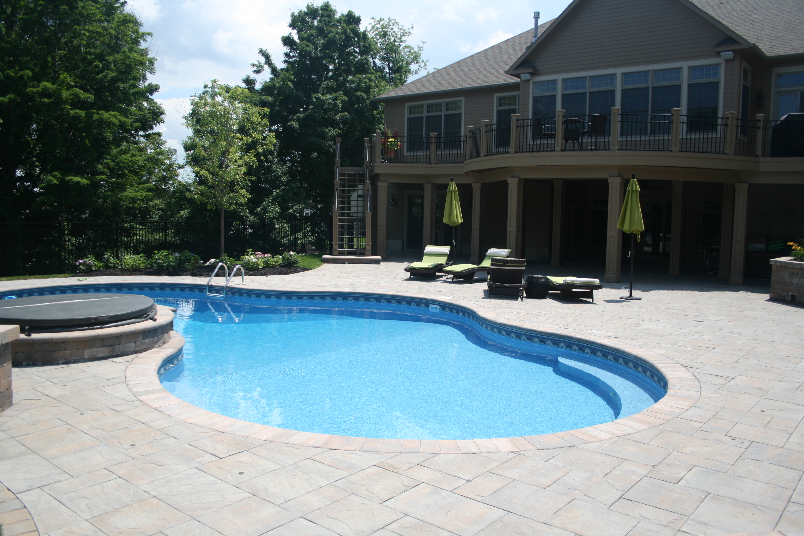 Mountain Summit Liverpool Pool And Spa